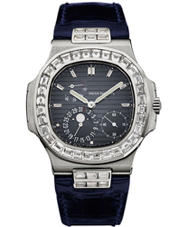 Patek Philippe Nautilus Mens Watch Model 5724G